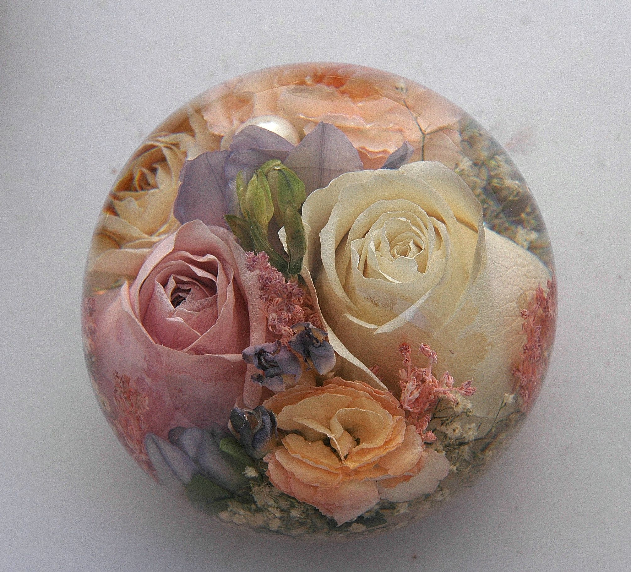 Wedding Flowers In Resin: Luxury Paperweight Made With Your Bridal Flowers