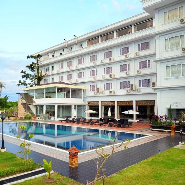 Royal Hinthar Hotel Royal Hinthar Hotel Is Situated In