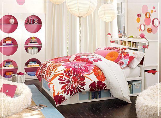 Interesting Bedroom Design Girls Teen Pink White Floral