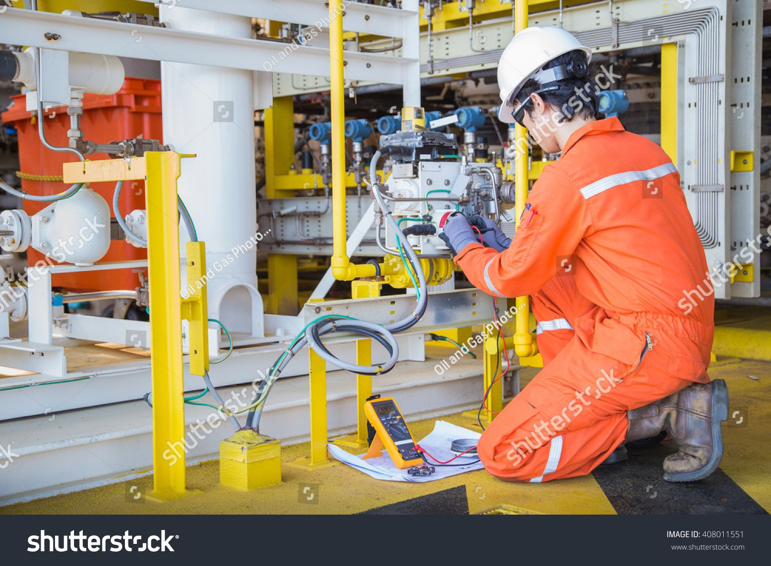 Electrical and instrument technician maintenance electric