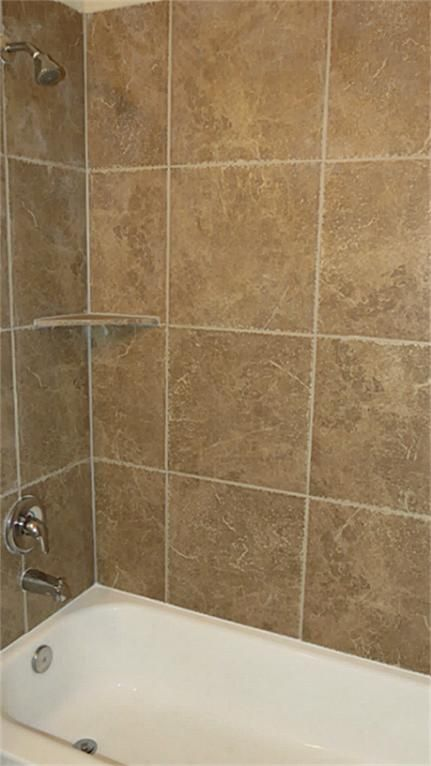 12 X 12 Tile Tub Surround Google Search White Tile Bathroom Walls Bathroom Wall Tile Tile Tub Surround