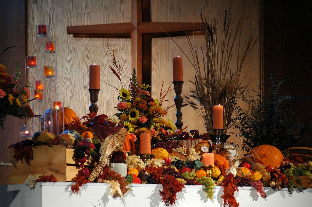 Thanksgiving altar decorations