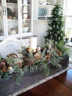Show Me Pictures Of Christmas Centerpieces Using A Long Narrow Distressed Box Google Christmas Table Decorations Christmas Centerpieces Christmas Decorations