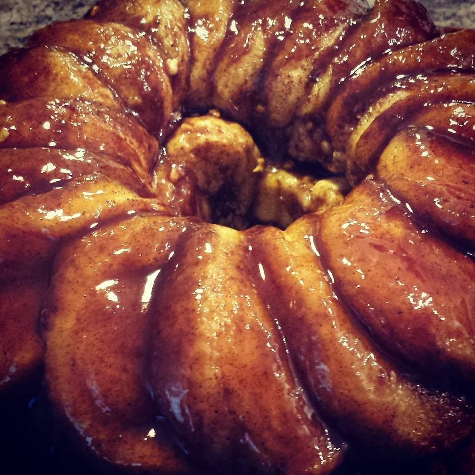 """Heavenly Sticky Buns! Grands biscuits Brown sugar, lots of butter, pecans, maple syrup, vanilla. """"ooey gooey goodness all in one bite"""""""