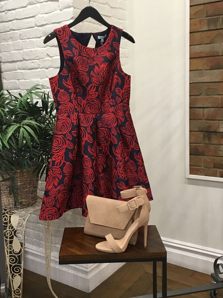 Homecoming is coming! We have some of the most amazing dresses, at great prices! She   Sky $55  Nude heels $40. Nude clutch $48 #ApricotLaneTS #Shopalb