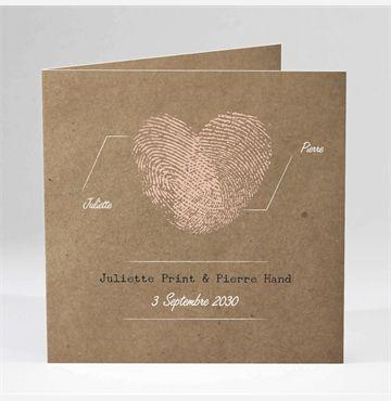 Voici ce petit faire-part très charmant et romantique qui montre à vos invité