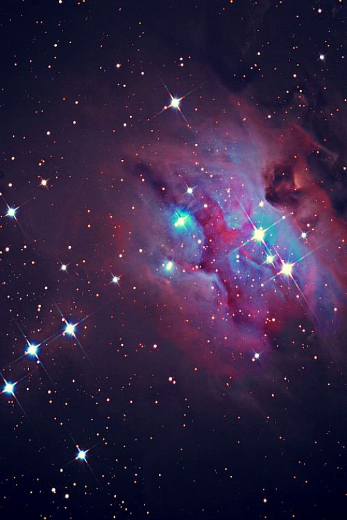 NGC 1973 5 7 Is A Reflection Nebula 1 2 Degree Northeast Of The Orion Three Objects Are Divided By Darker Regions