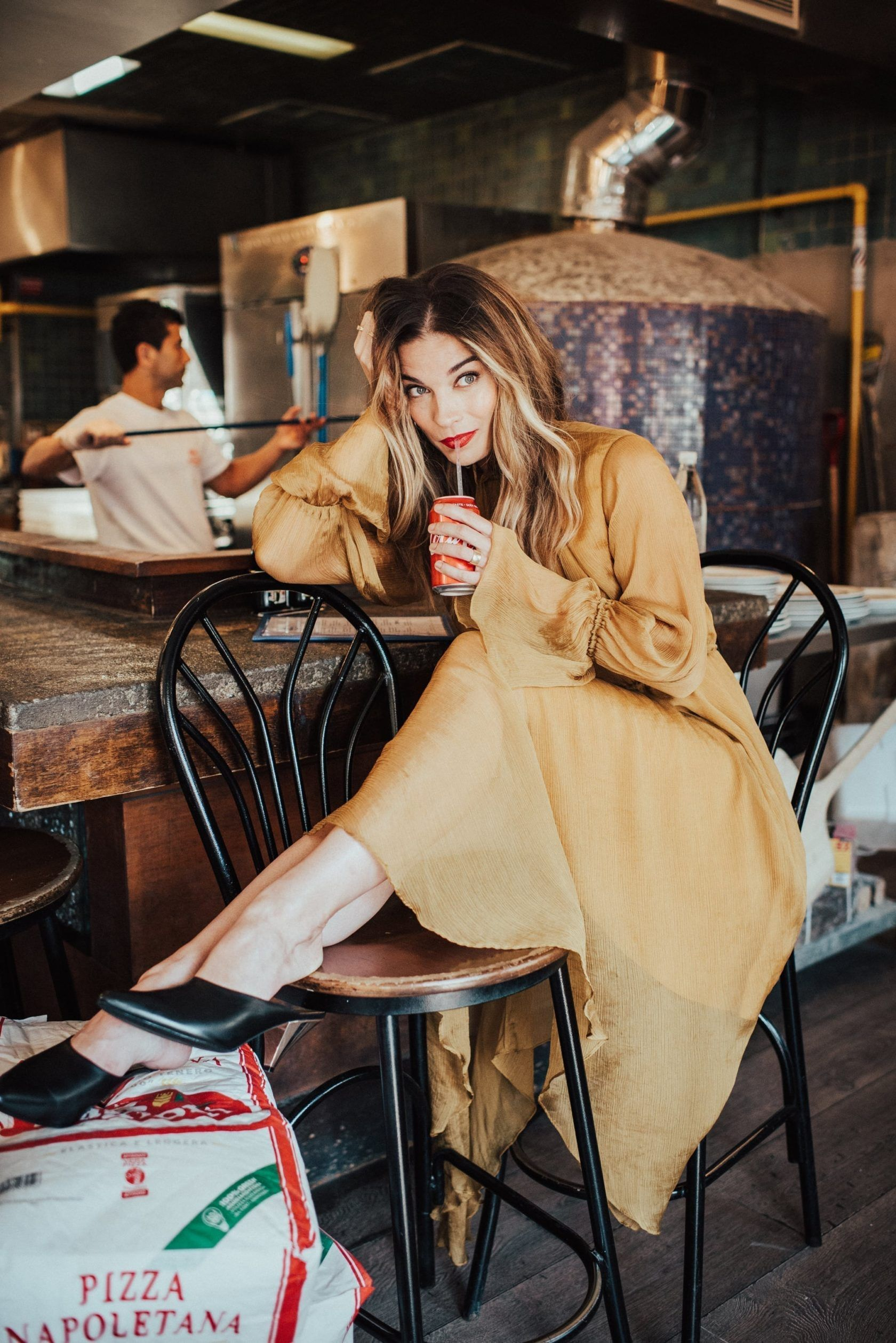 Toronto's Most Stylish Annie Murphy Street style blog