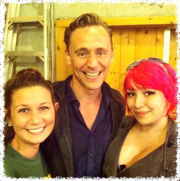 Tom Hiddleston and fans in Michigan http://instagram.com/p/soLpC6uOdv/
