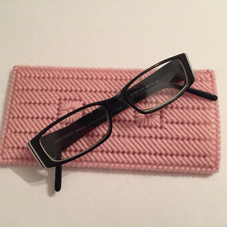 Pink crochet reading glasses case