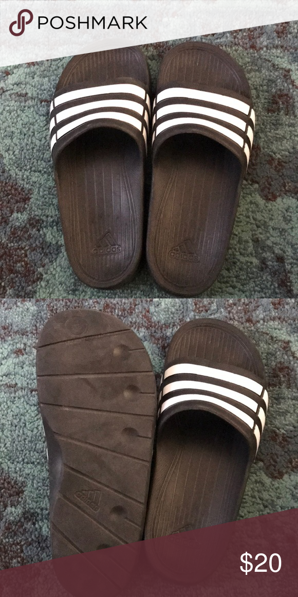 f0a7f5d2bb906a Adidas Duramo slides Very gently used Duramo slides in boys size 5 (ladies  size 7) perfect for the pool