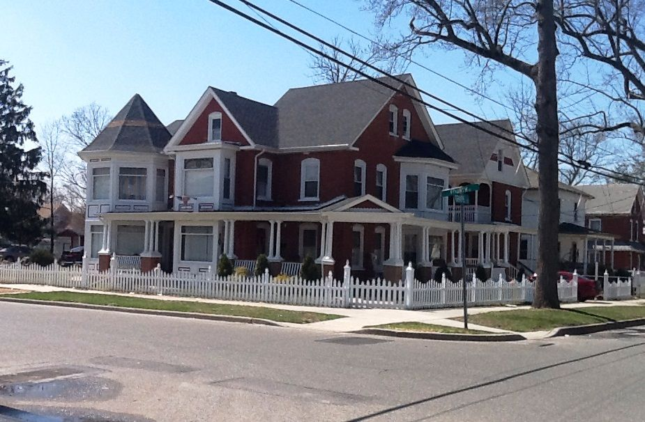 Another nice house in downtown vineland vineland nj Nice houses in new jersey