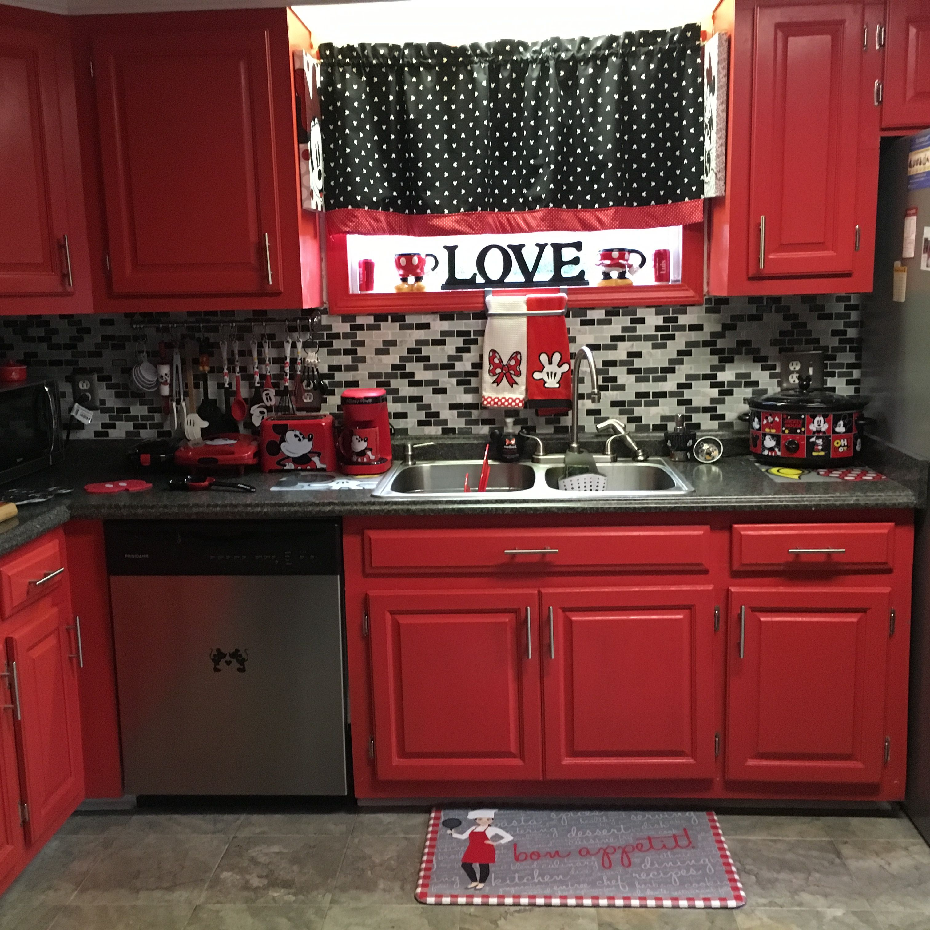 Mickey And Minnie Mouse Kitchen Minnie Mouse Kitchen Mickey