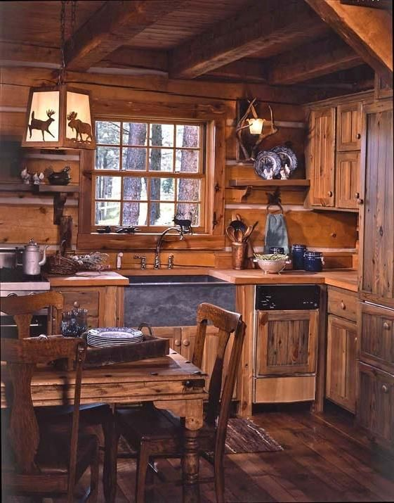 5 Celebrities Awesome Cabin In The Woods Log Home Kitchens Tiny