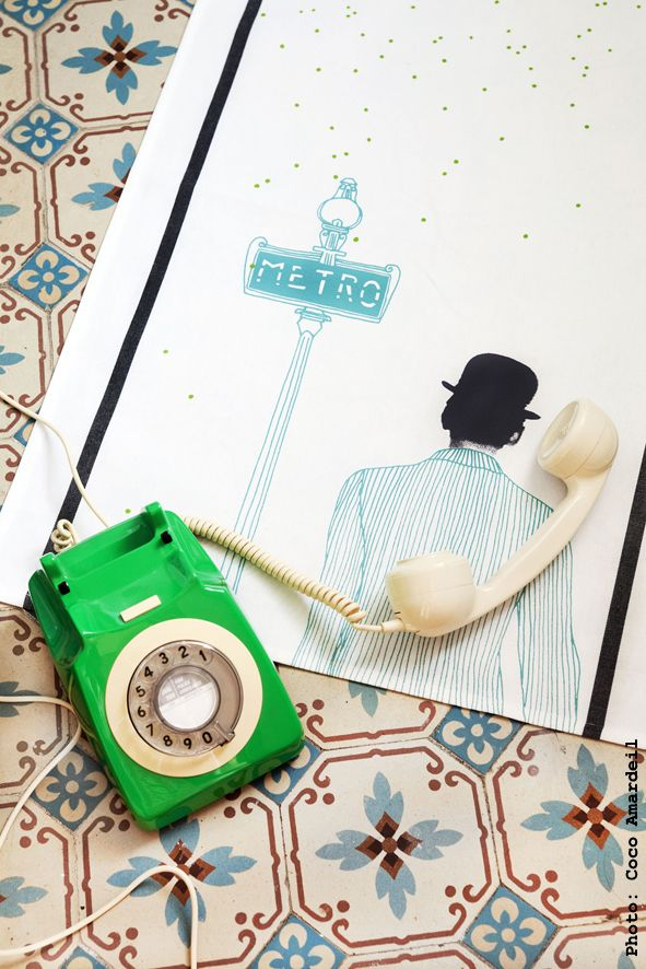Torchon / Tea towel chapeau metro - © la cerise sur le gâteau - Anne Hubert - photo: Coco Amardeil