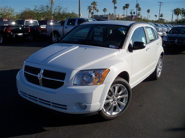 2012 Dodge Caliber Sxt Plus Hatchback 4 Door Hatchback 2 0l I 4 Continuously Varialble Transmission Colors Ext Bright Whi Dodge Caliber Hatchback Dodge