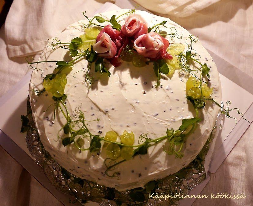 Kääpiölinnan köökissä: Elämä on juhla - täytekakkua ja voileipäkakkuja rippijuhliin