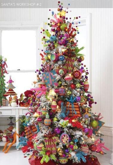 Colorful Christmas decorating ideas bold colors Pinterest