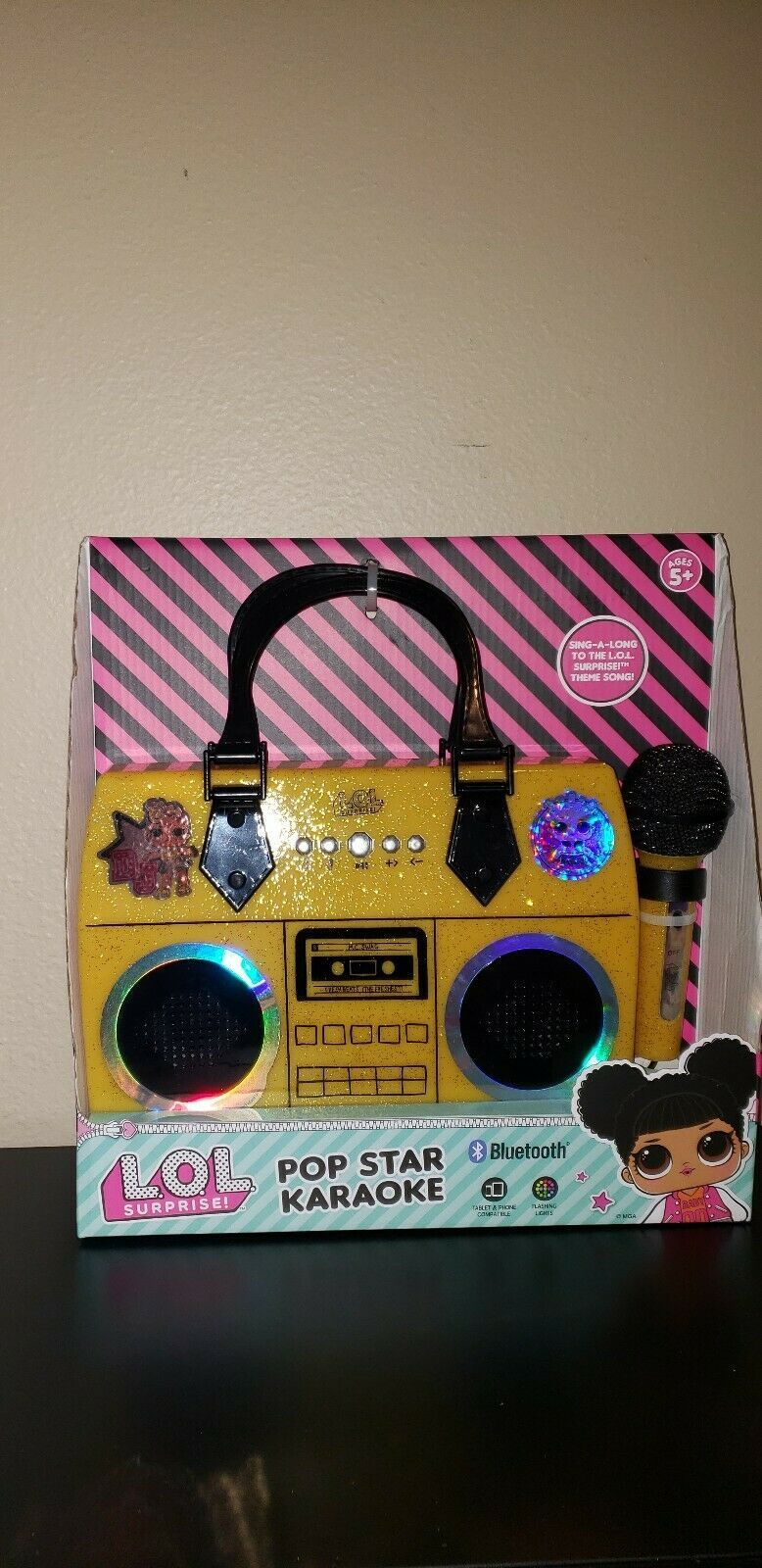 Lol Surprise Karaoke Rare Bluetooth Retro Style boom box with microphone NEW