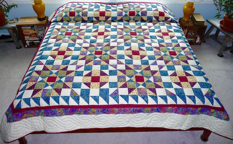 Handmade and Patchwork Double Wedding Ring Quilt Amish