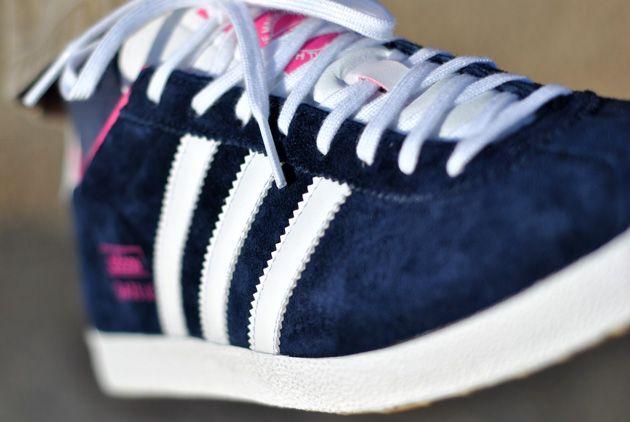adidas gazelle og bleu marine et rose, adidas originals