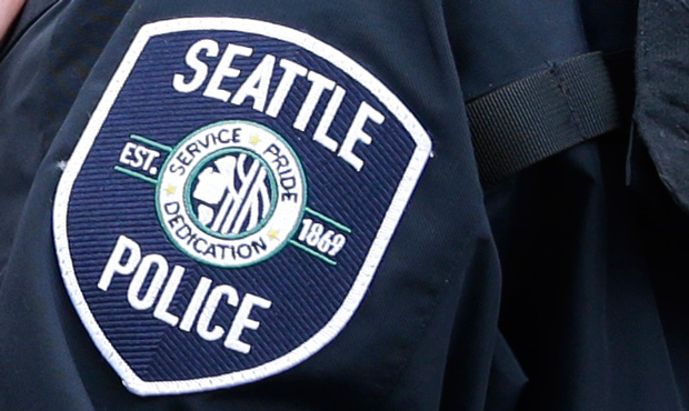 A Fed Up Seattle Police Officer Told A Black Lives Matter Activist That He S Quitting In A Now Viral Video Police Police Officer Black Lives Matter