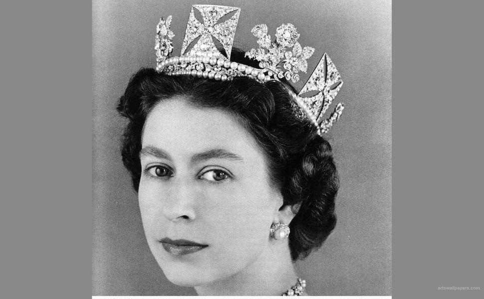 Queen Elizabeth 2 HD Wallpaper