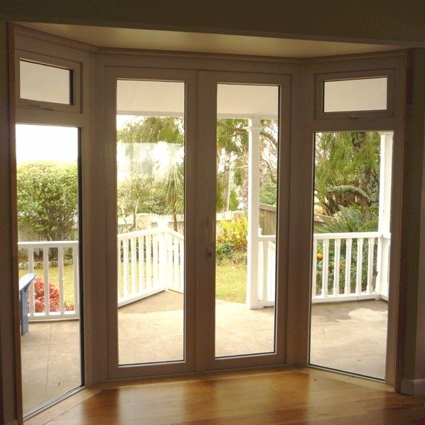 My all time fave bay window with french doors http for Patio doors with side windows