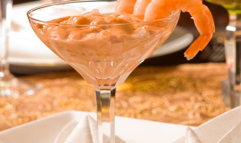Coctel De Camarones En Salsa Rosada Cosasdefamilia Com Coctel De Camaron Camarones Comida