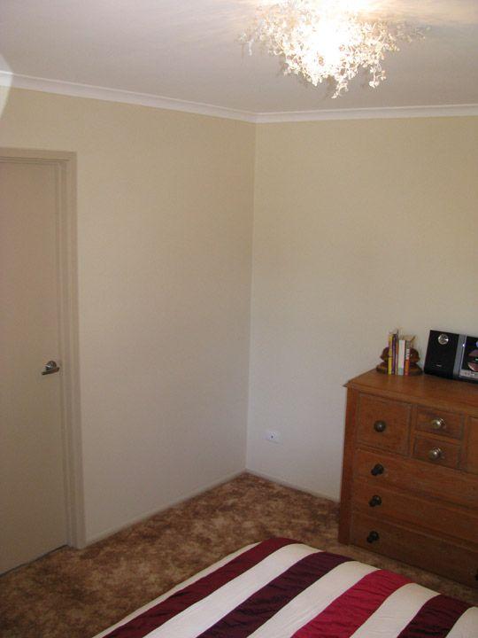 How to Decorate Your Bedroom's Corner (1)