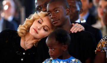 Like A Berber Madonna Celebrates 60th Birthday In Marrakech Madonna Family Madonna Old Singers