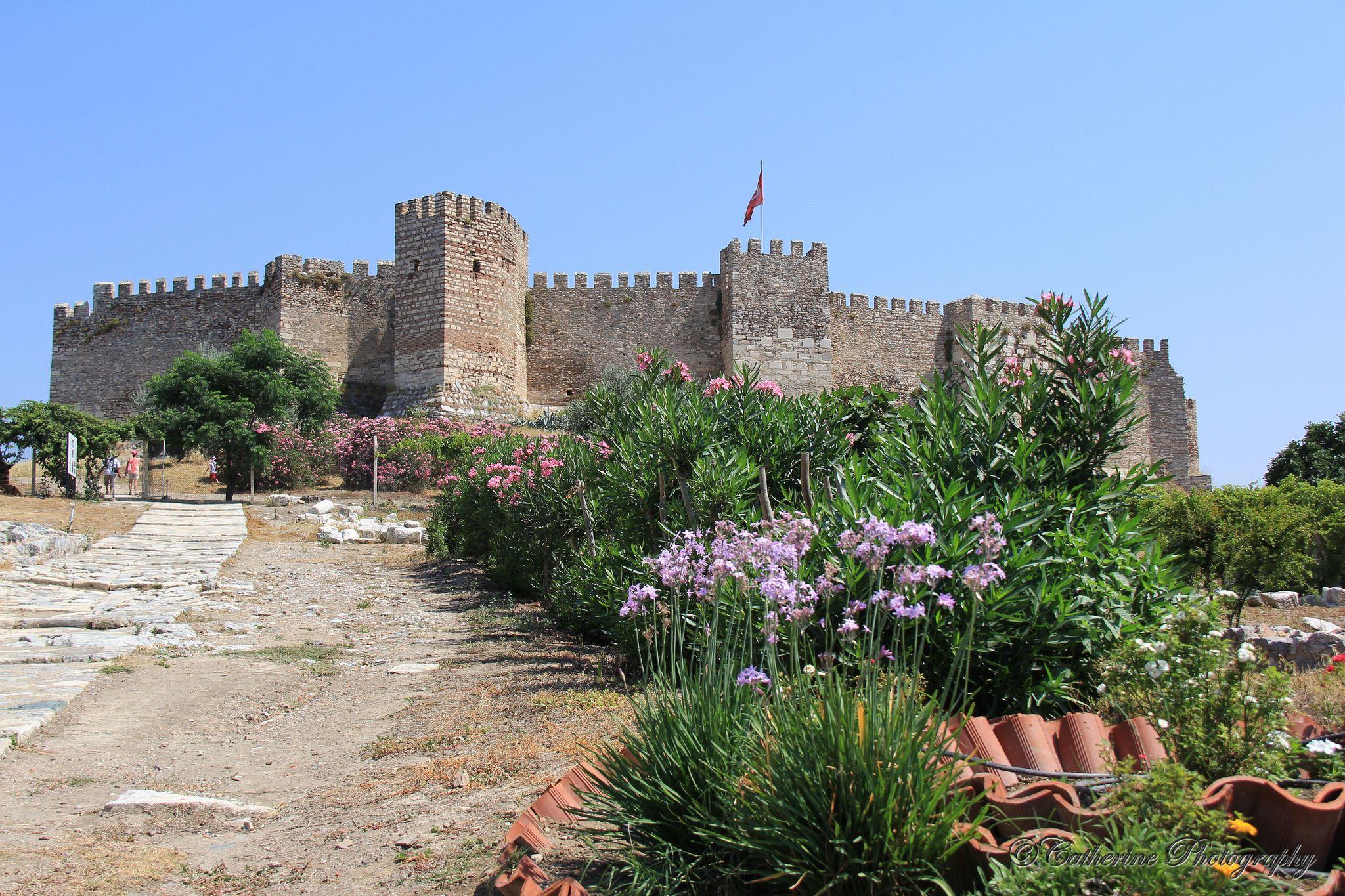 https://flic.kr/p/BgKbUL   Basilica st John, Selcuk   Basilica St John at Selcuk. a well preserved and maintained Roman ruin