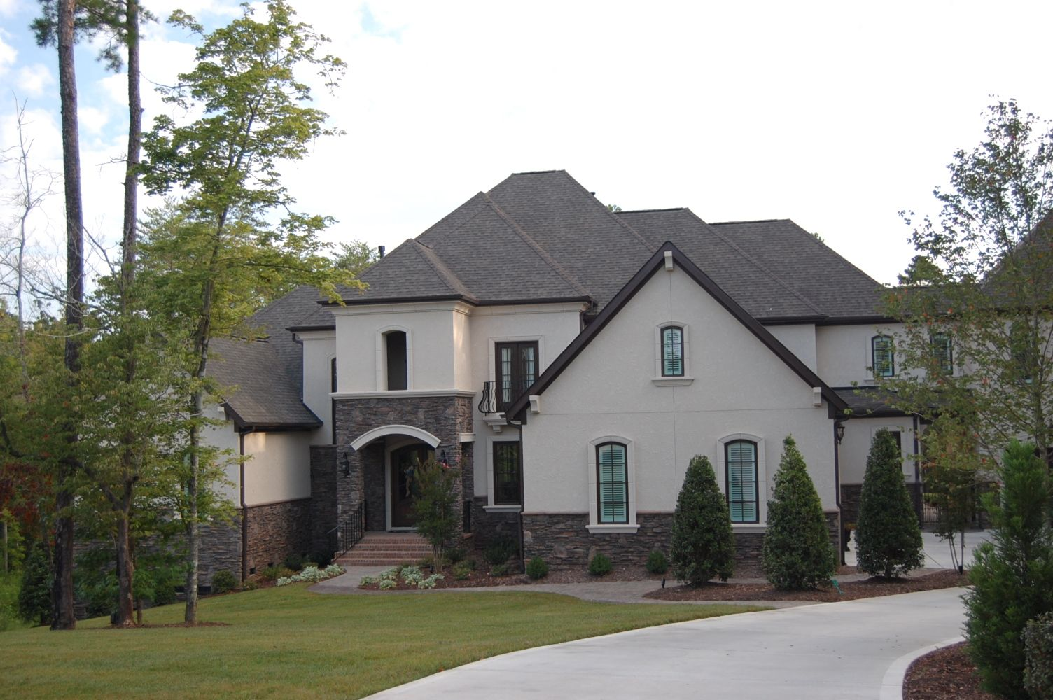 ARH plan Huntington 1064F (Exterior 12) Roof = Owens