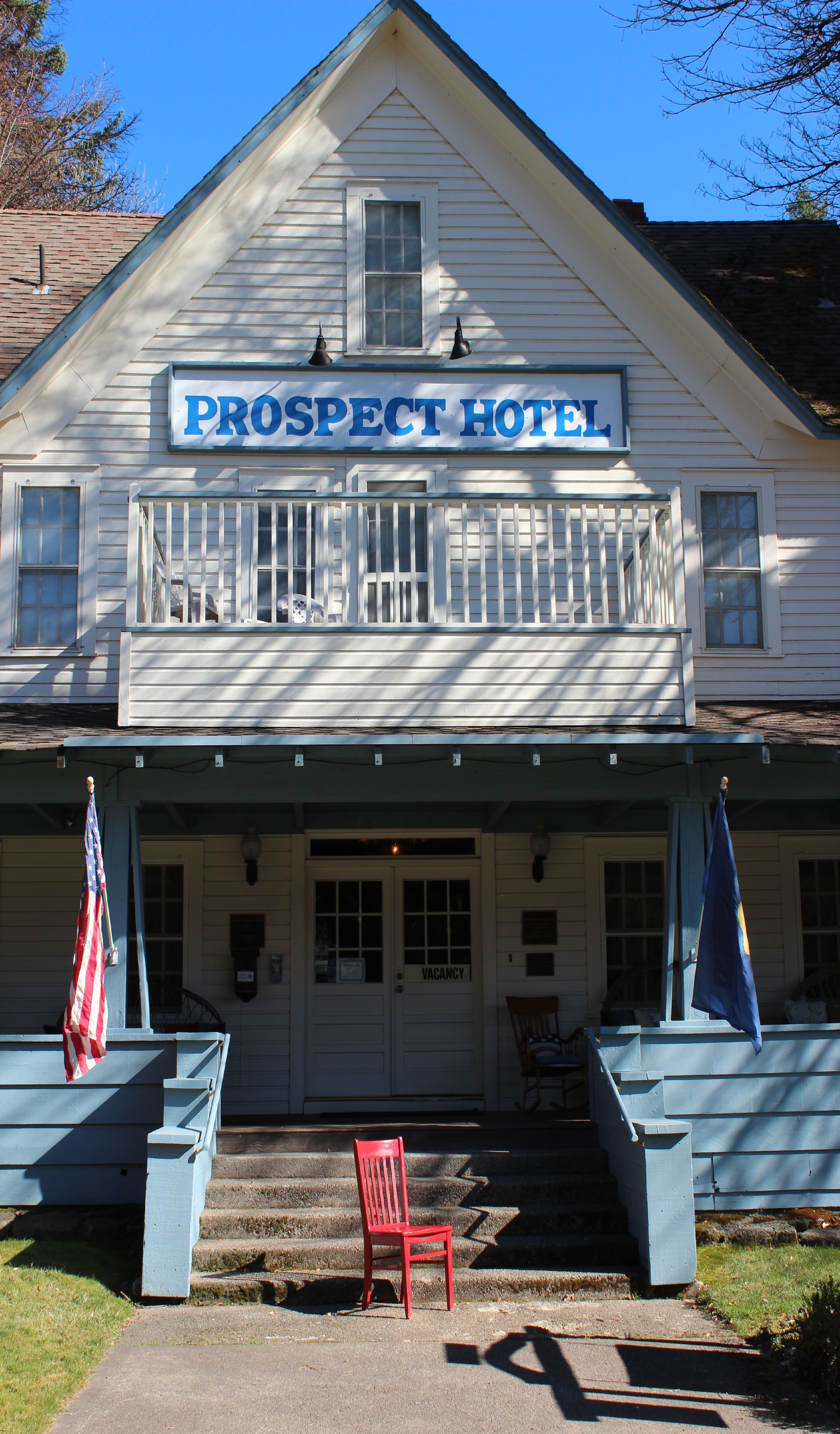 The Prospect Historic Hotel Welcomes Red Chair Travels To And Southern Oregon Cascades