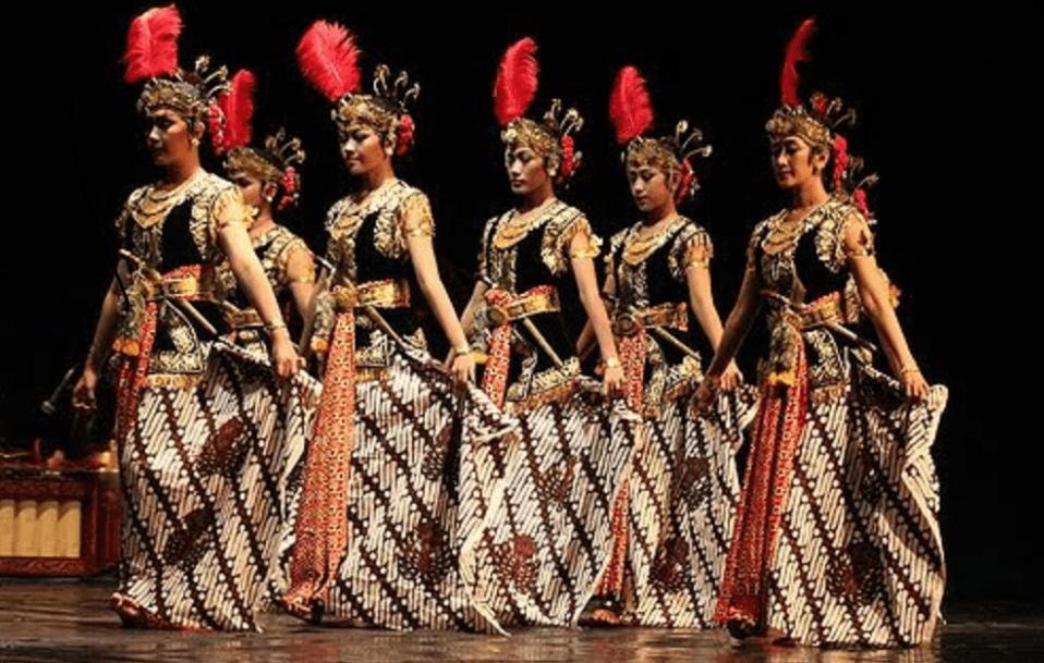 Nama Tarian Tradisional Daerah Indonesia Beserta Gambar Dan Asalnya Tarian Penari Indonesia