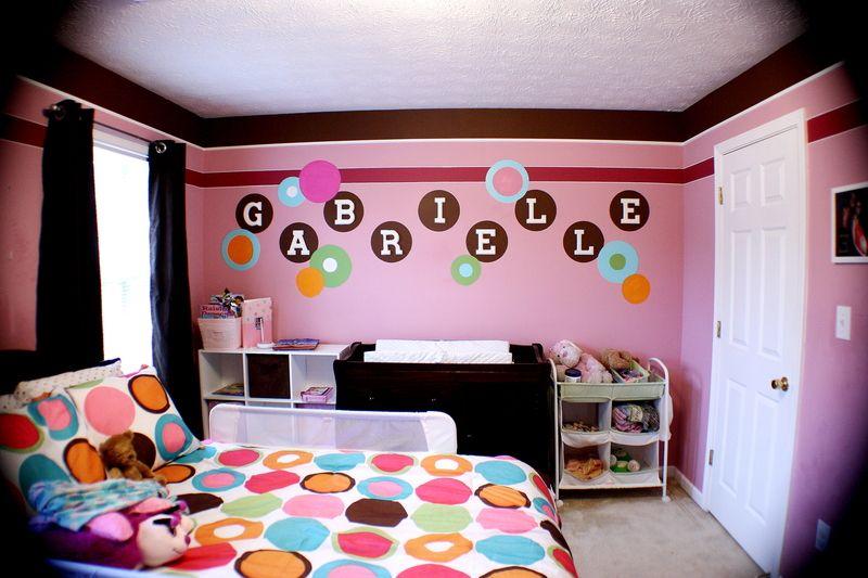 Mod Flower Power Hot Pink Orange Polka Dots 60 S Accents Beads Inspiration Twiggy Austin Powe Girls Room Paint Polka Dot Bedroom Girls Bedroom Paint