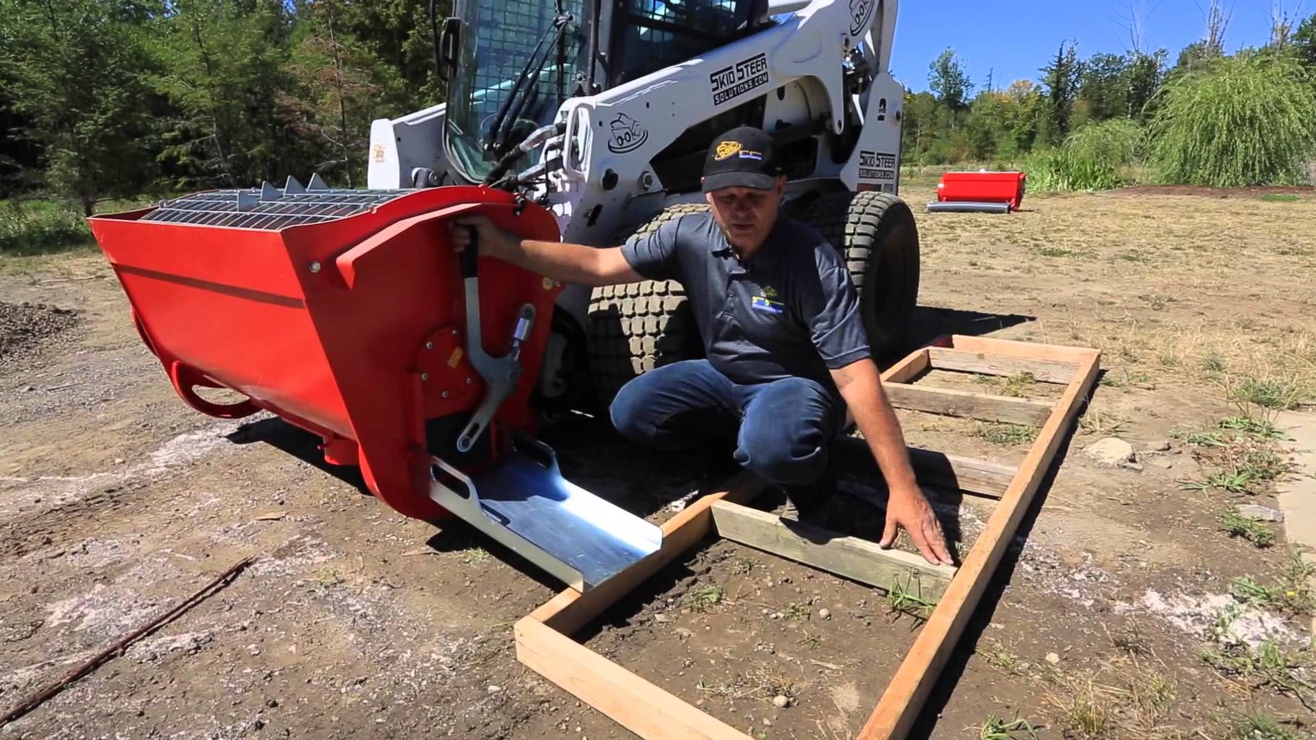 Skid Steer Cement Mixer - Eterra BMX-250 and the Mix & Go