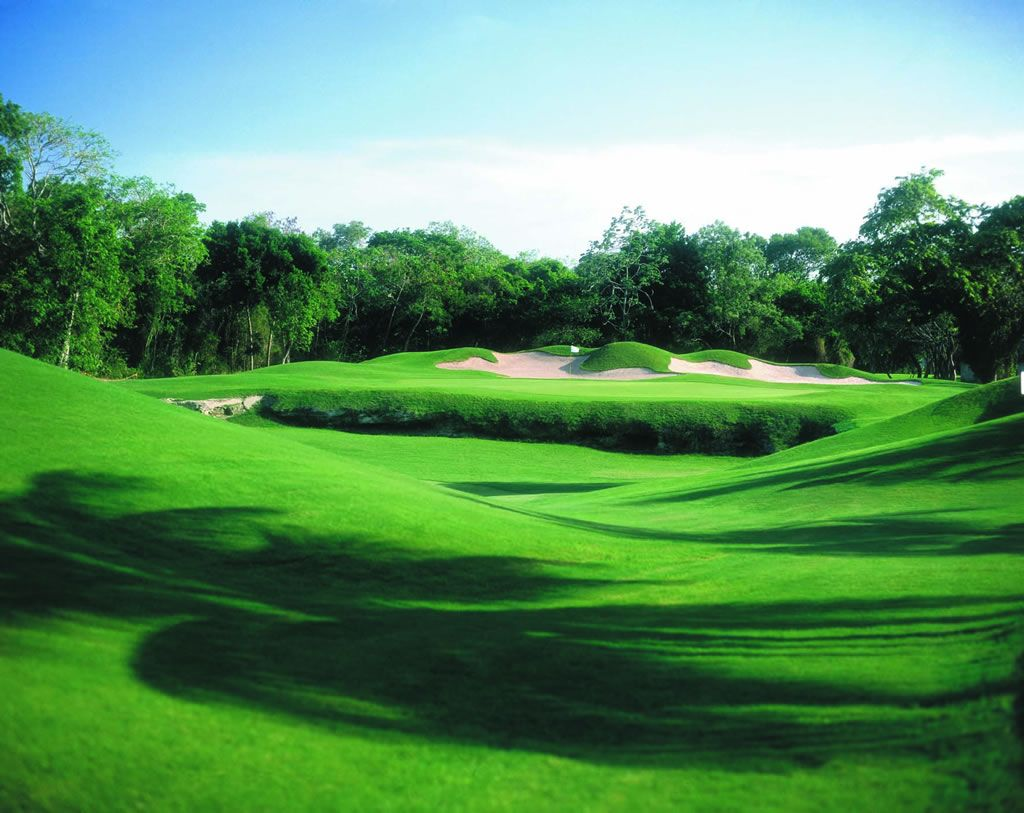 Moon Palace Golf and Spa has been voted one of the world's top golf resorts by readers of Conde Nast Traveler. golfvacationmexico.com