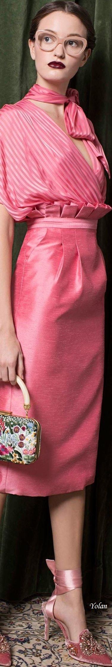 Alice + Olivia Pre-Fall 2018 | Moda en rosa | Pinterest | Rosas ...