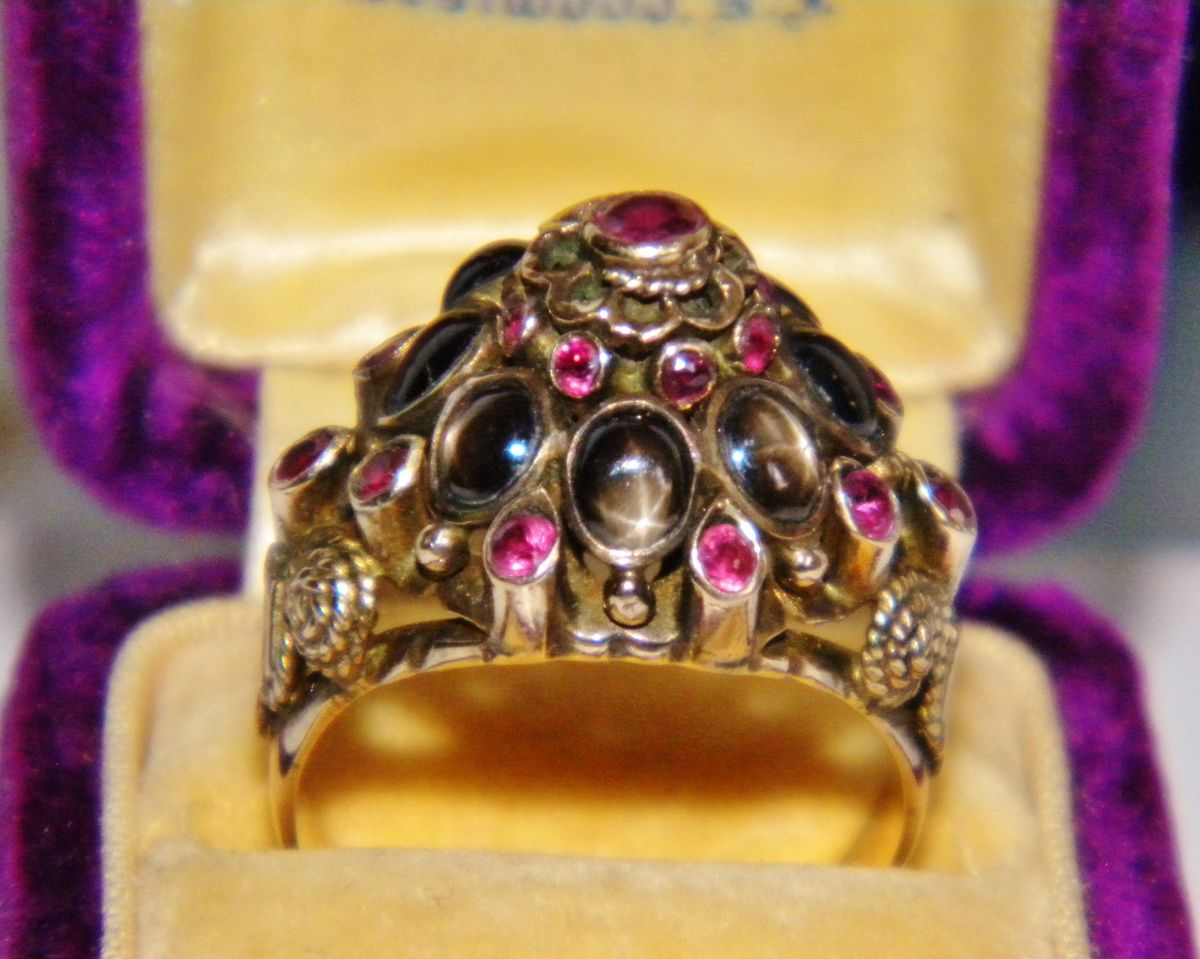Antique Victorian Star Sapphire Ruby Thai Princess Ring 12k | Collectors  Weekly