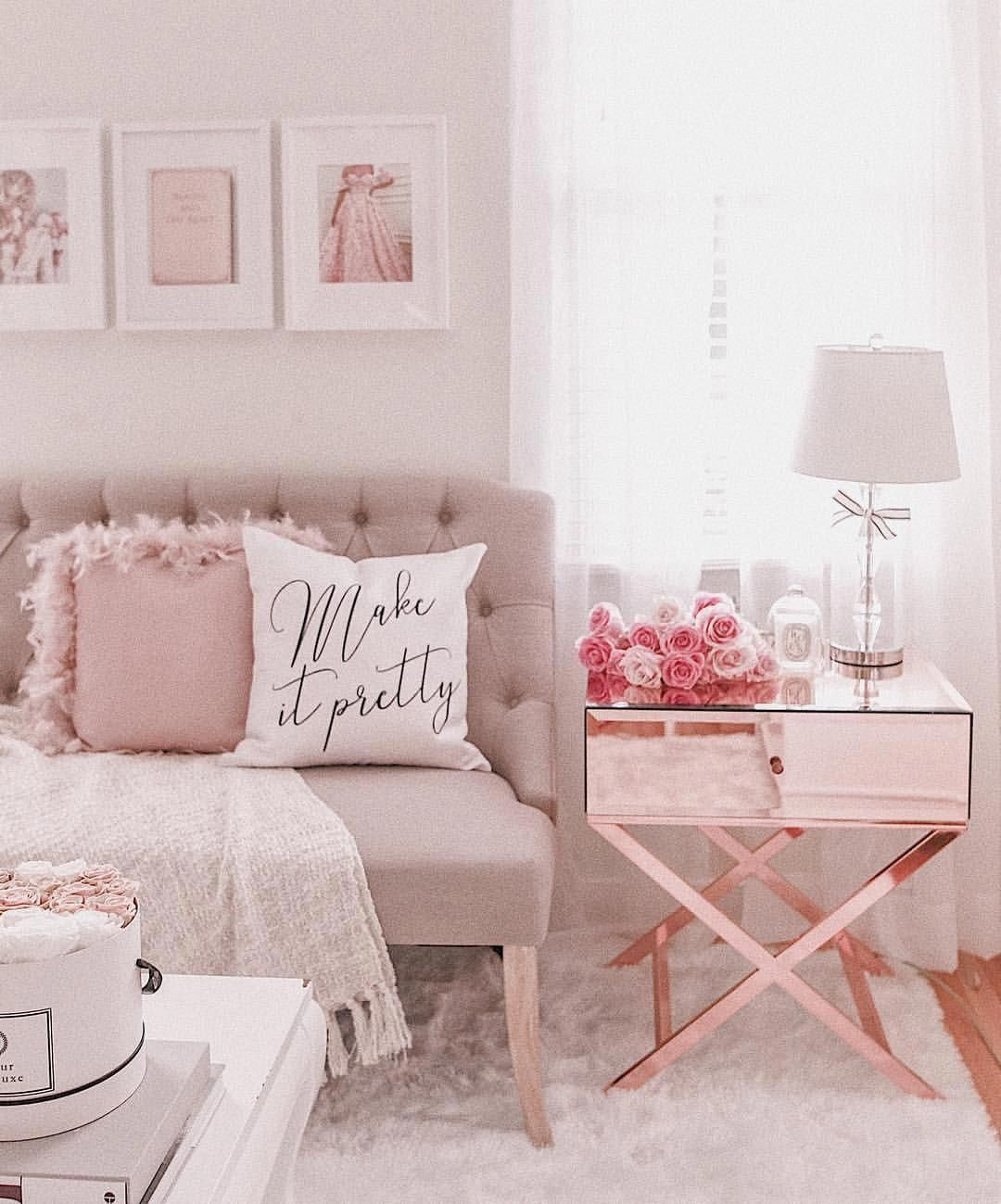 hi loves how gorgeous is this rose gold table
