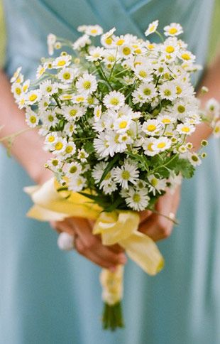 A Cheaper Way To Floral Chic Single Bloom Bouquets Daisy