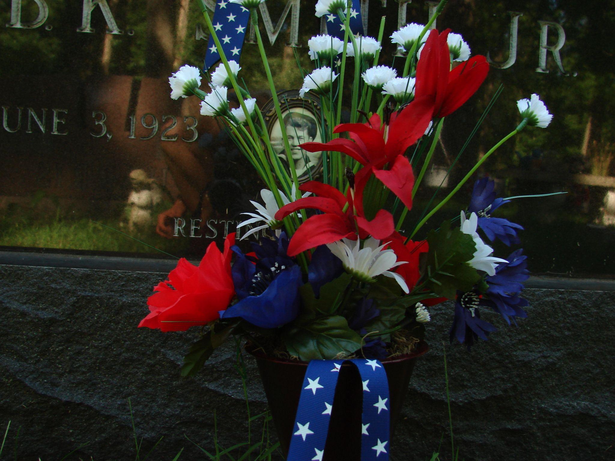 Patriotic Vase\