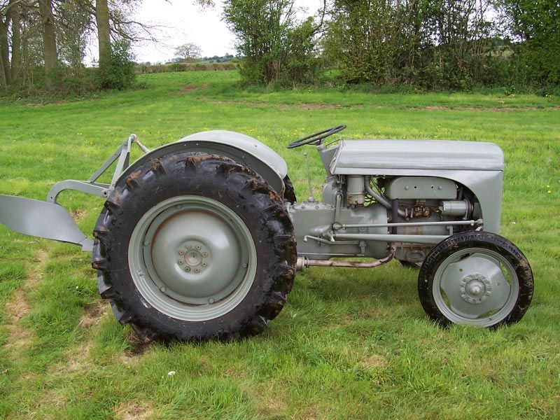 Vintage Farms Tractors For Sales : Massey ferguson ted tractor nd generation tractors