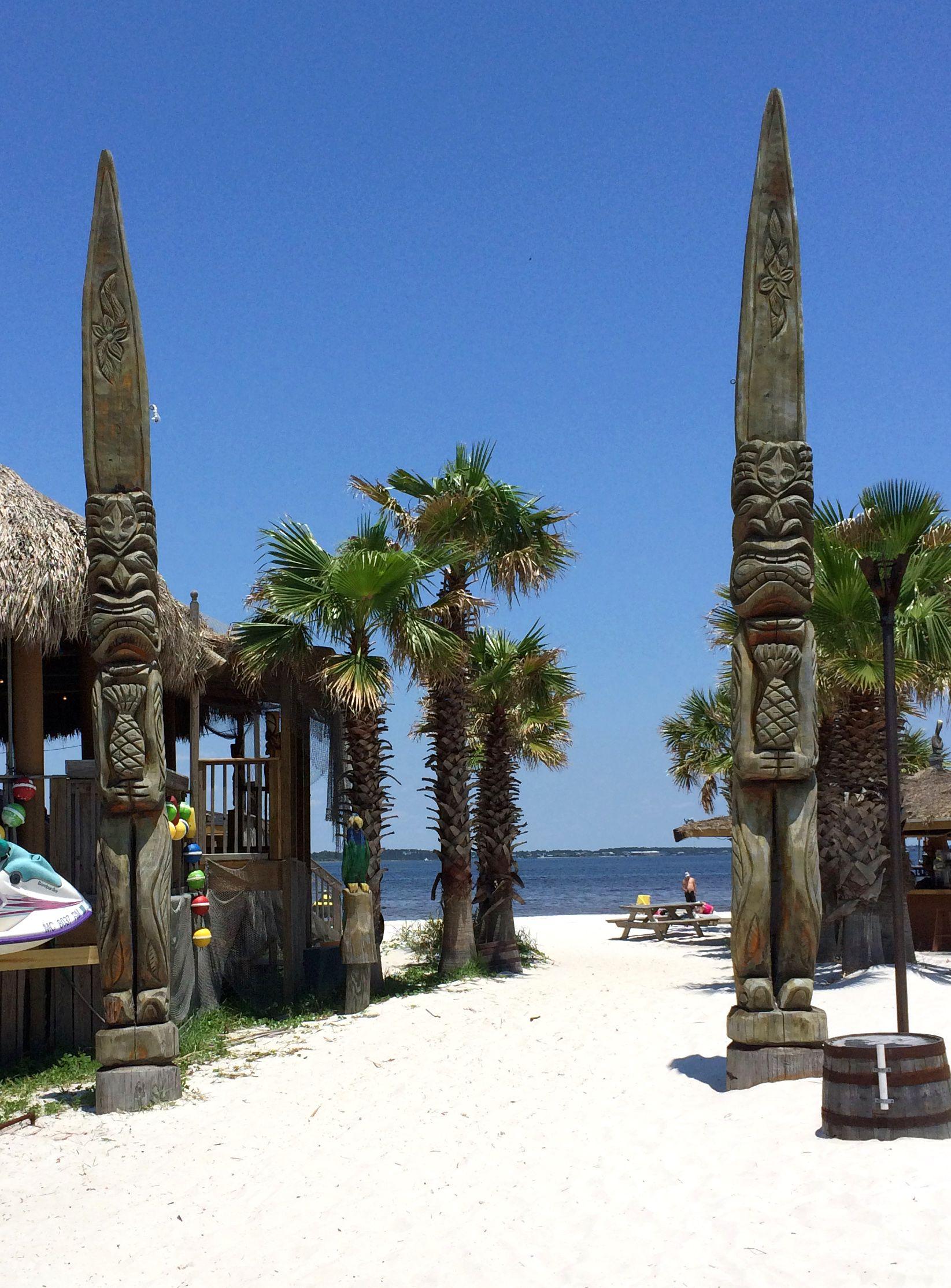 Pensacola Beach, Florida Tiki hawaii, Tiki totem