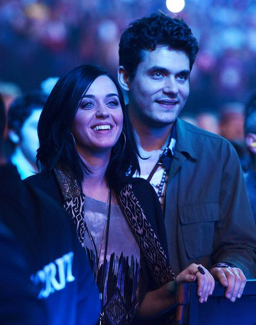 Agenda da nova turnê da cantora teria sido um dos fatores que levaram o casal a se separar