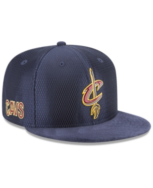 meet 66264 c47ef New Era Cleveland Cavaliers On Court Reverse 9FIFTY Snapback Cap - Blue  Adjustable