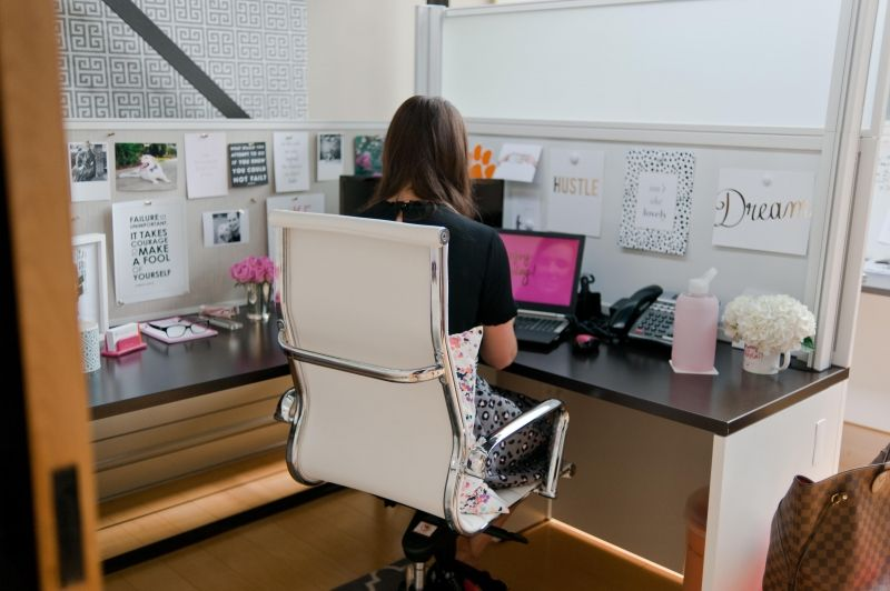 Cute Home Office Ideas: Search Solution Group Executive Recruiter Danielle Leach