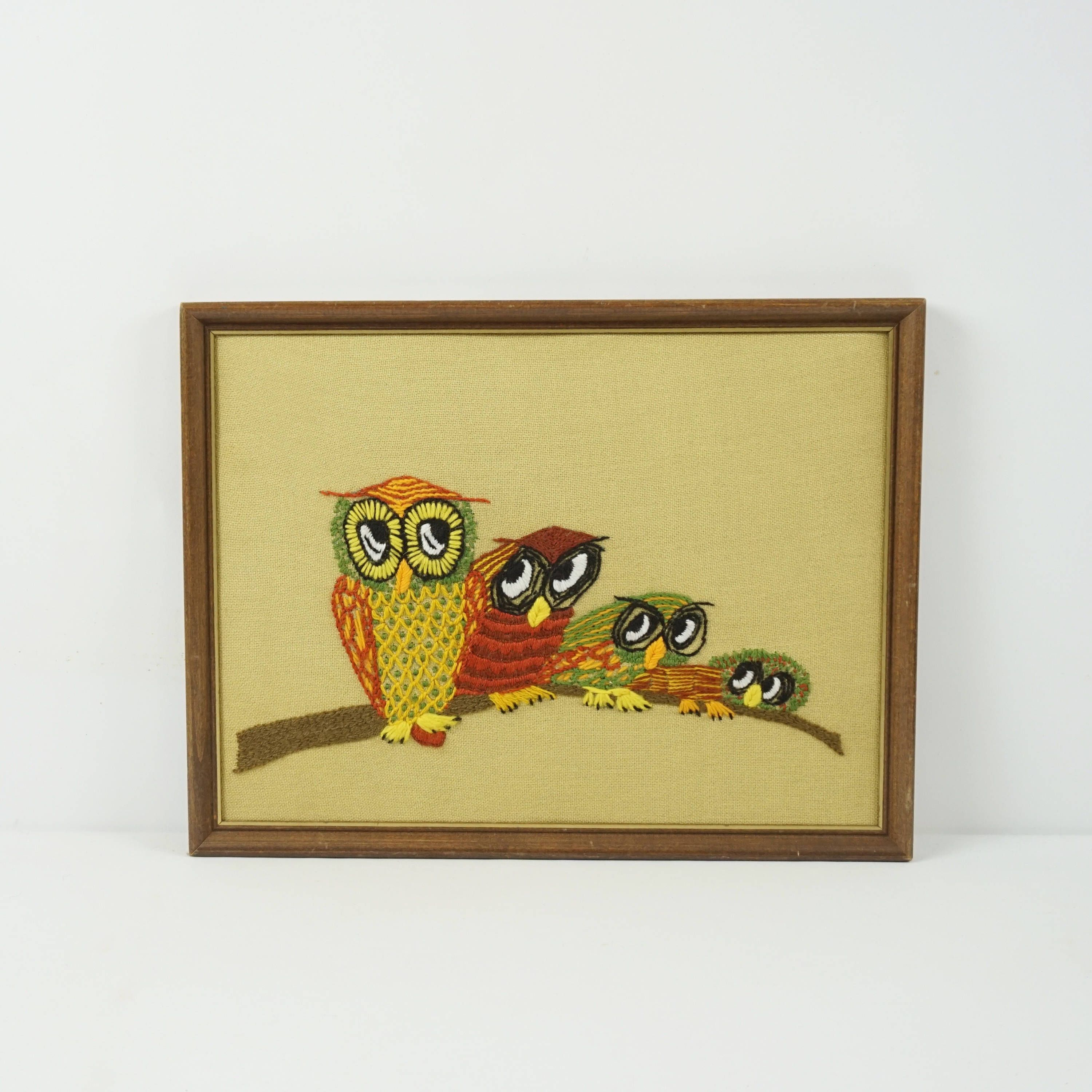 Vintage owl yarn picture / Vintage crewel wall hanging / Retro wall ...