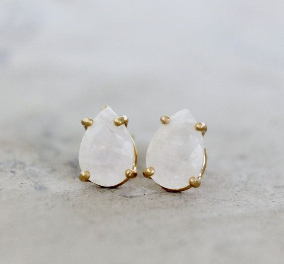 20 OFF  moonstone earringsgold earringsgemstone by AnemoneUnique, $47.20